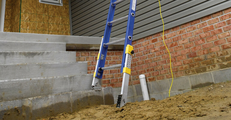 Werner Innovation - Equalizer Leveling Ladder