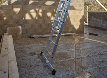 Werner Extension Ladder wide stabiliser
