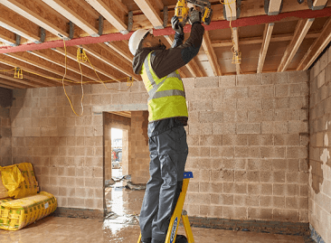 Fibreglass Ladders | Werner EU